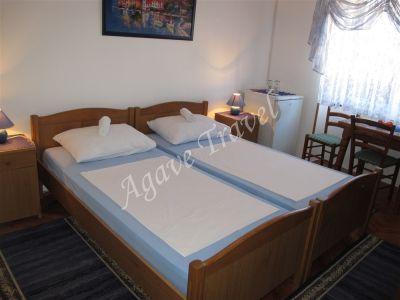 Room Zagrebacka 5