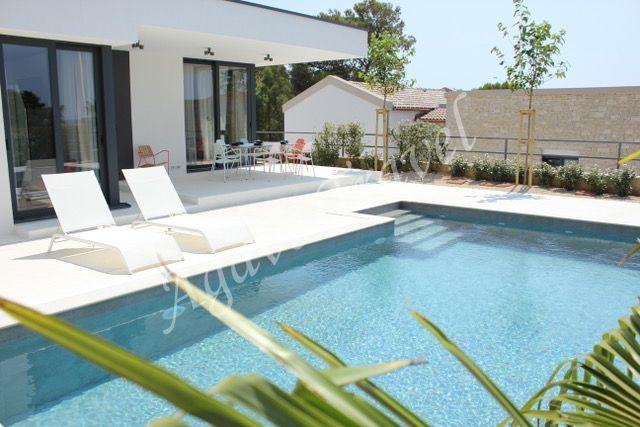 Luxurious holiday house 5 stars Rab